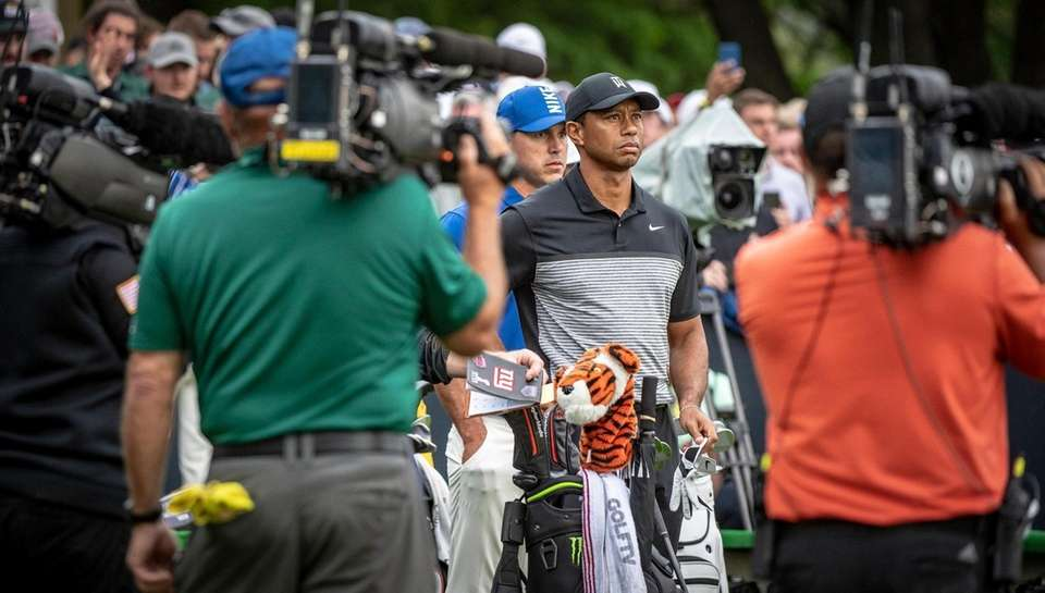 Tiger Woods waiting with a lot of TV