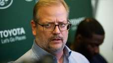 Jets general manager Mike Maccagnan speaks to the