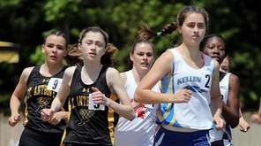 Kellenberg's Maureen Lewin leads all runners into the