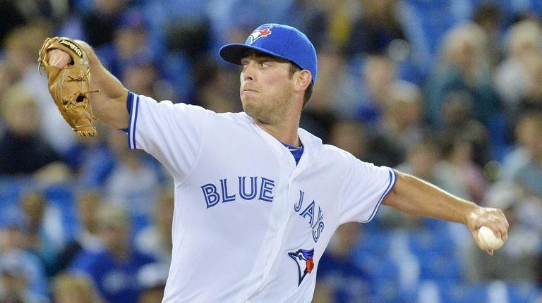 Then-Blue Jays starting pitcher Sean Nolin works against