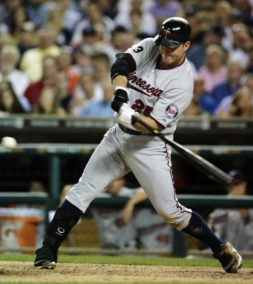 JIM THOME: 611 - Played 1991-present (22 seasons)