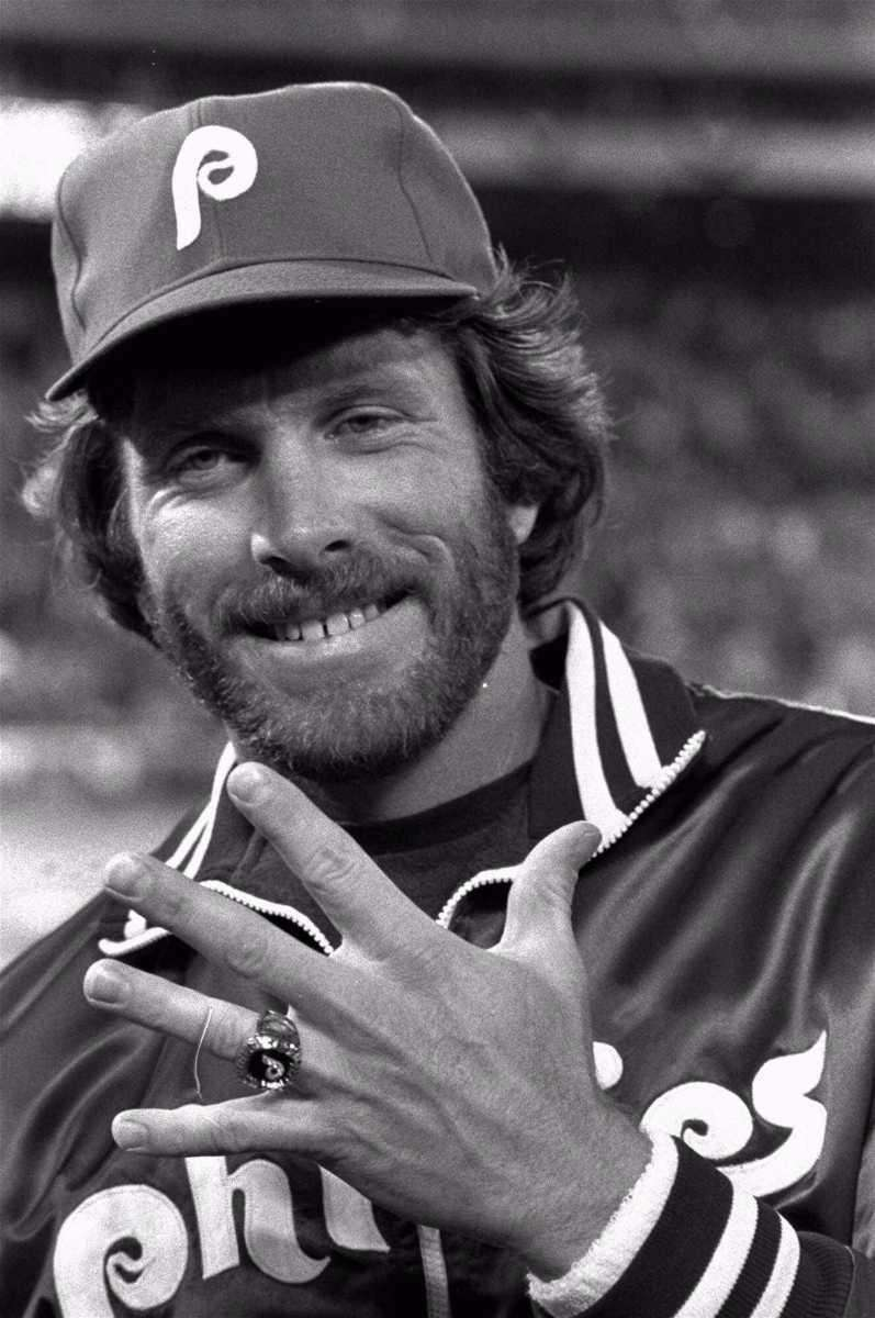 MIKE SCHMIDT: 548 - Played 1972-89 (18 seasons)
