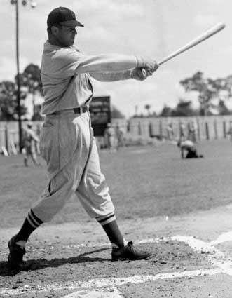 JIMMIE FOXX: 534 - Played 1925-42, 1944-45 (20