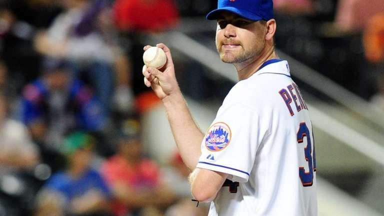 New York Mets pitcher Mike Pelfrey on the