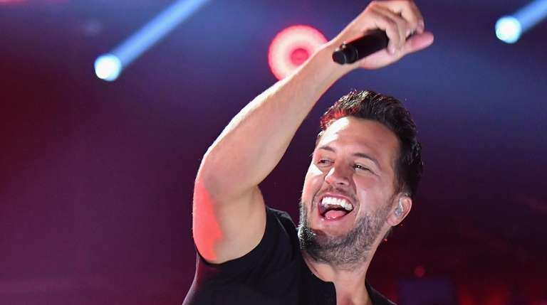 Luke Bryan performs onstage at the 2018 CMT