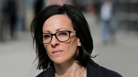 Lauren Salzman leaves Brooklyn federal court on Jan.