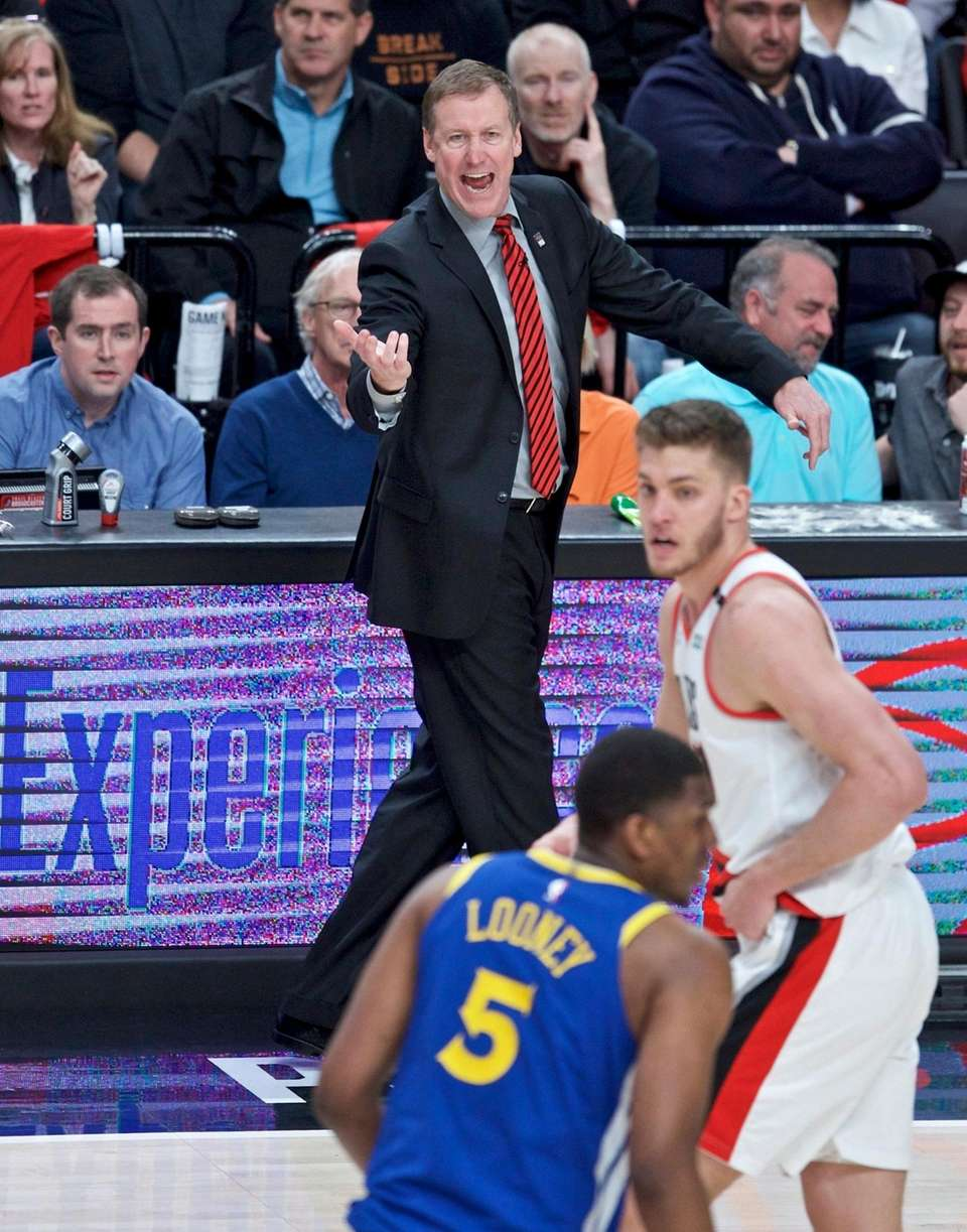 Portland Trail Blazers head coach Terry Stotts gestures