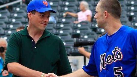 David Wright #5 of the NY Mets shakes