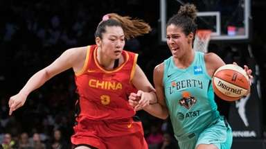 China National Team forward Li Meng defends Liberty