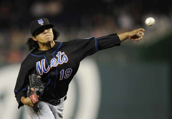 New York Mets reliever Daniel Herrera delivers against