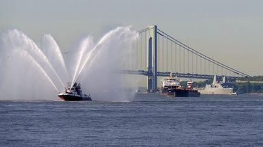 Ships arrive in New York Harbor for Fleet