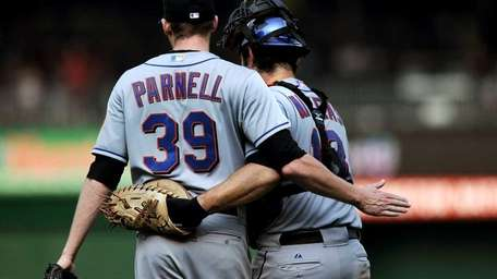 Bobby Parnell #39 of the New York Mets