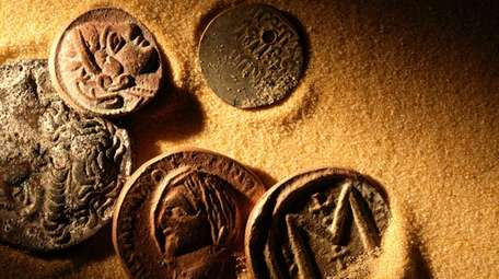 Timeless lessons from old money | Newsday
