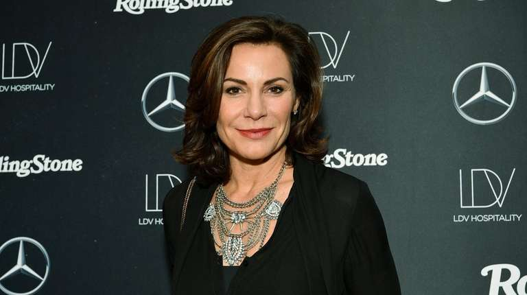 Luann de Lesseps briefly handcuffed during probation