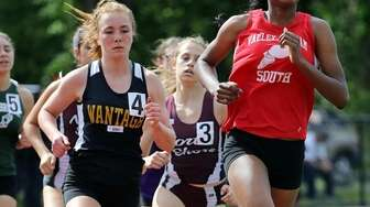 Valley Stream South's DeAnna Martin leads the girls