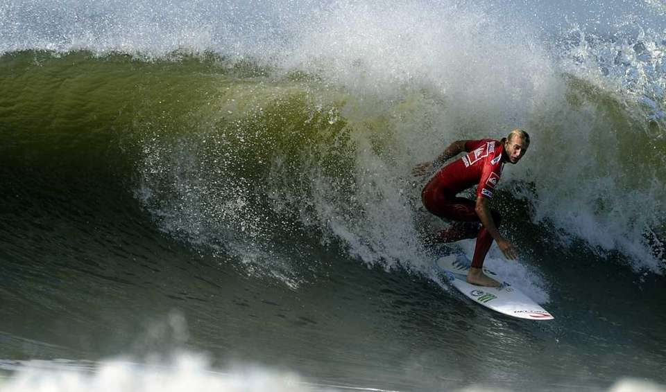 Australian Owen Wright surfing in the semifinals during
