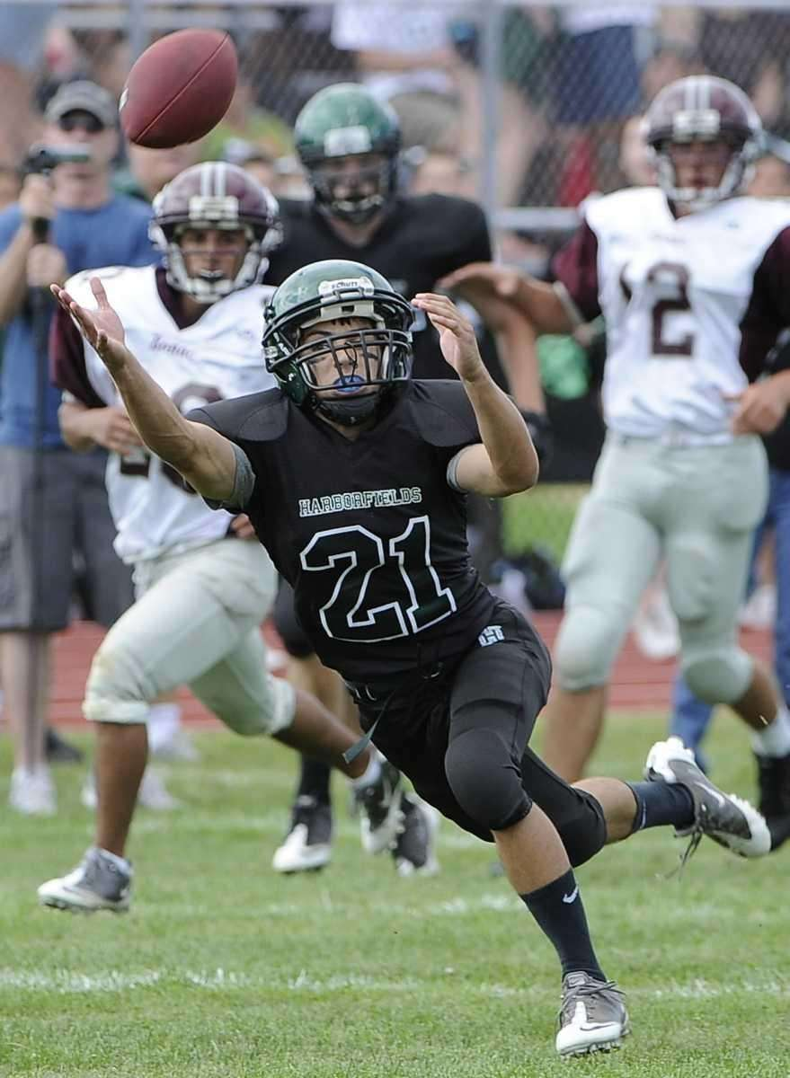 Harborfields' pass is beyond the reach of Alec