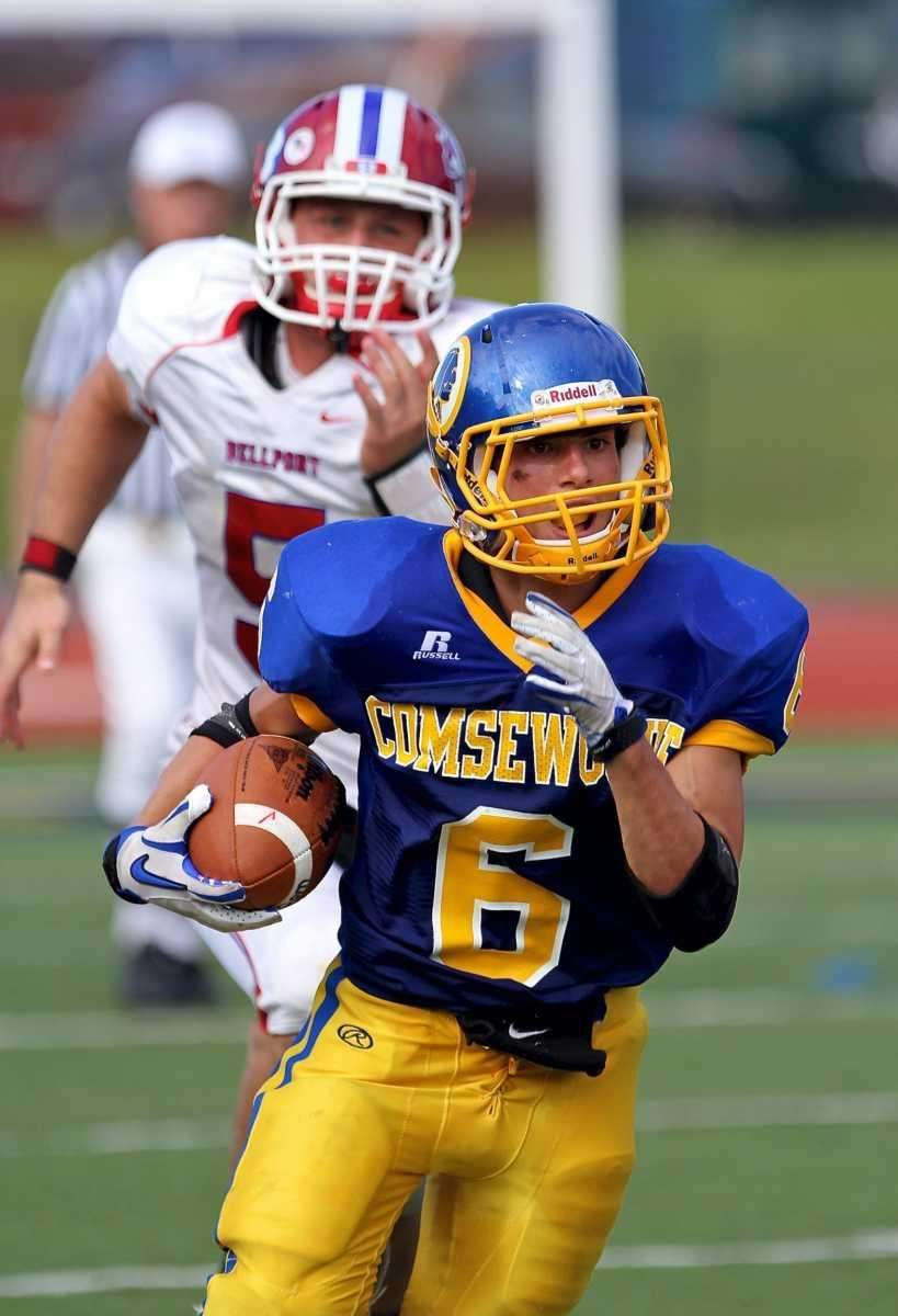 Comsewogue running back T. Deluca #6 takes the