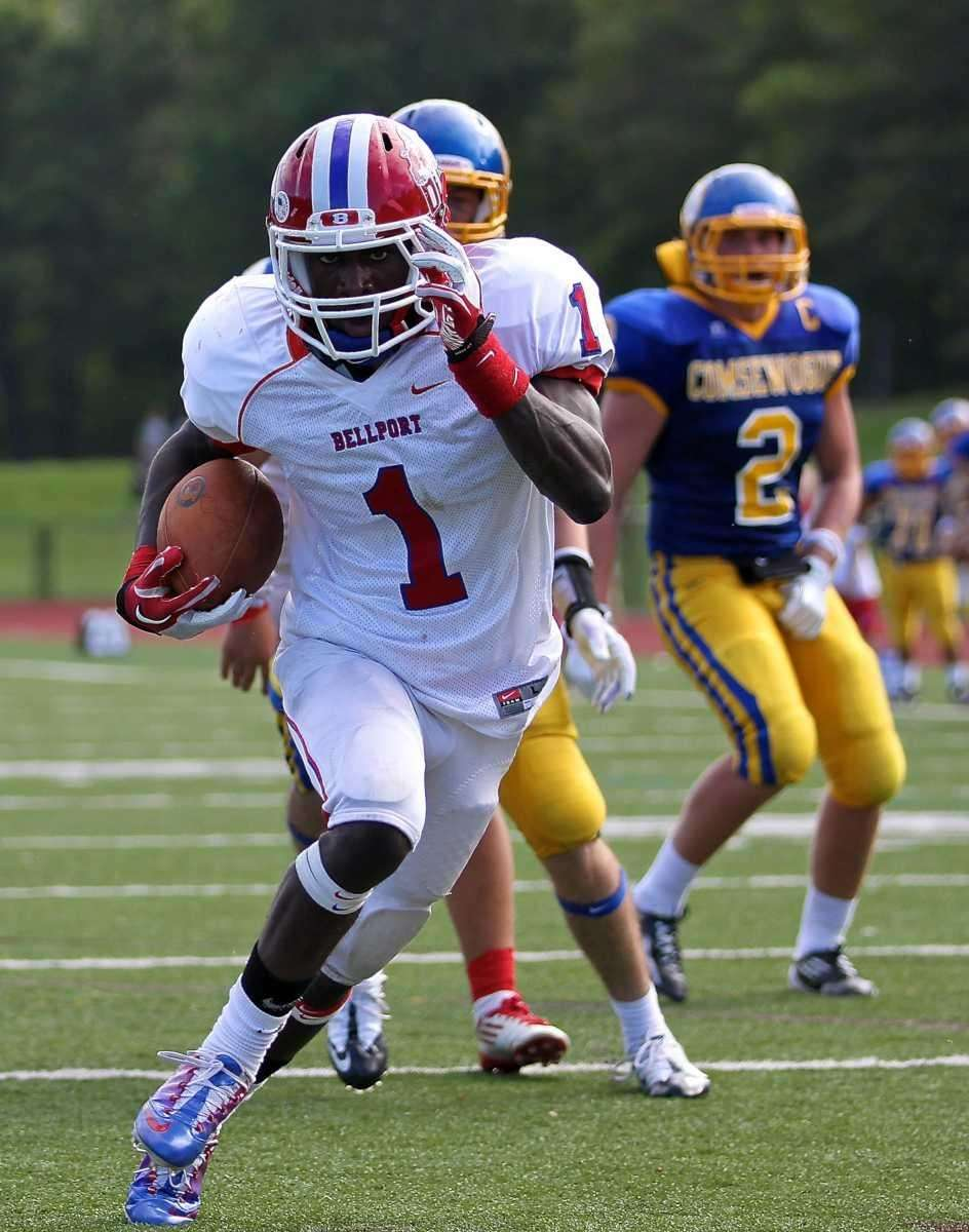 Bellport running back Nathaniel Chavious #1 takes the