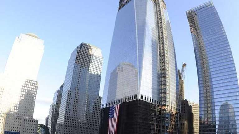 The north memorial pool, with 1 World Trade