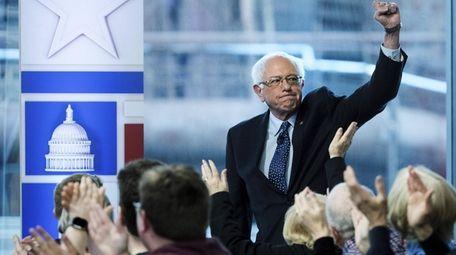 Sen. Bernie Sanders (I-Vt.) arrives for a Fox
