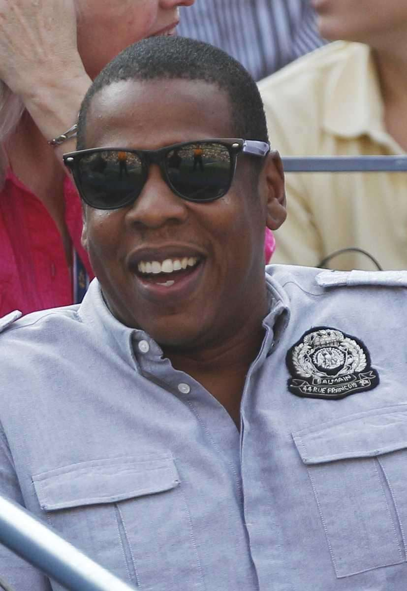 Jay Z watches the men's championship match between
