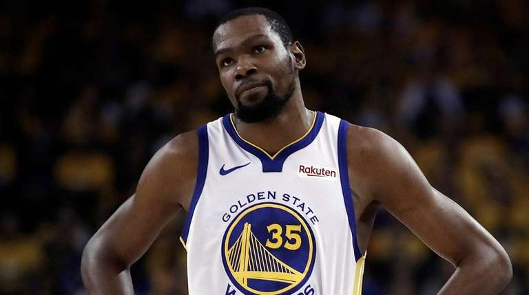 Golden State Warriors' Kevin Durant in the first