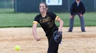 Alyssa Seidler of St. Anthony's pitching against Moore