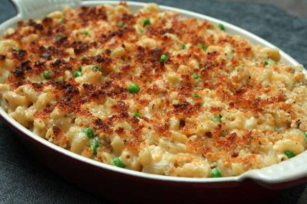 Mac and Cheese with bacon and peas, one