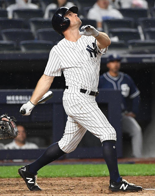 New York Yankees left fielder Brett Gardner connects
