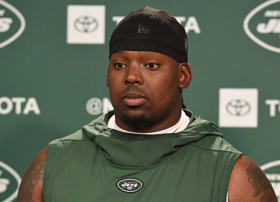 New York Jets defensive lineman Steve McLendon answers