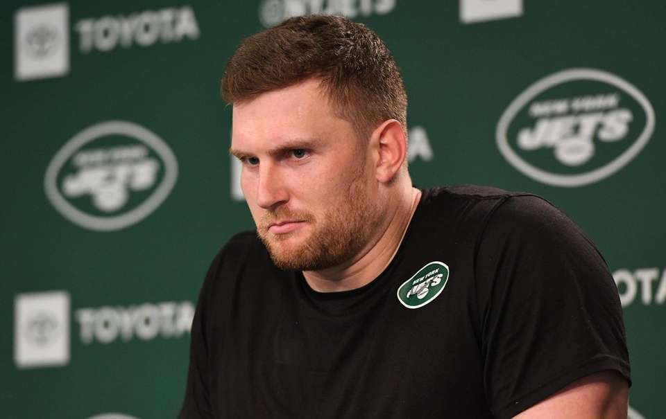 New York Jets defensive lineman Henry Anderson answers