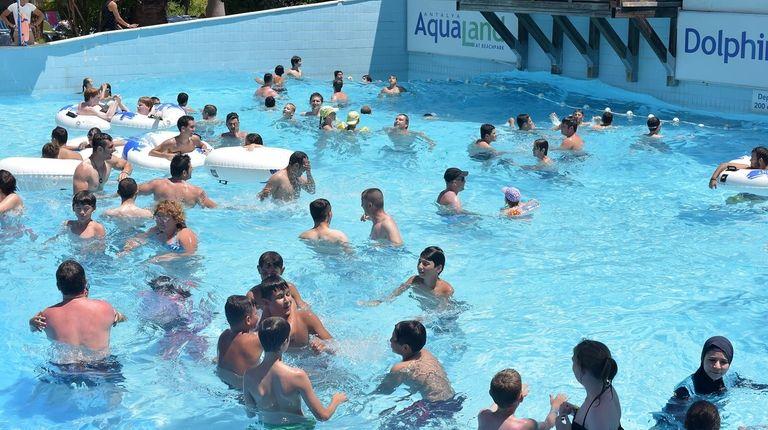 EE-YEW! Half of Americans use swimming pools as communal bathtubs