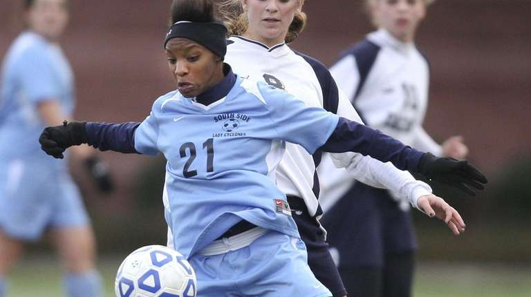 From Long Island to the World Cup: Crystal Dunn's soccer career