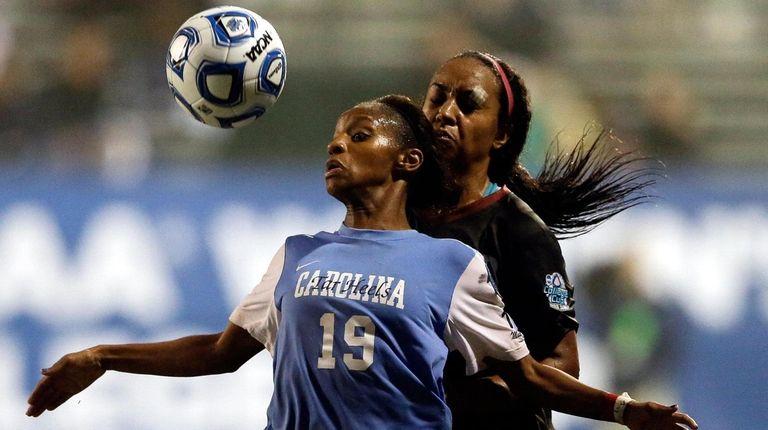 North Carolina's Crystal Dunn battles Stanford's Mariah Nogueira