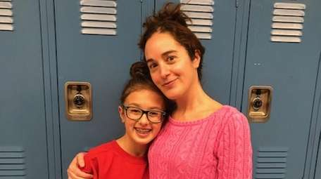 Kidsday reporter Alexandra Cornella with her mom, Kristy