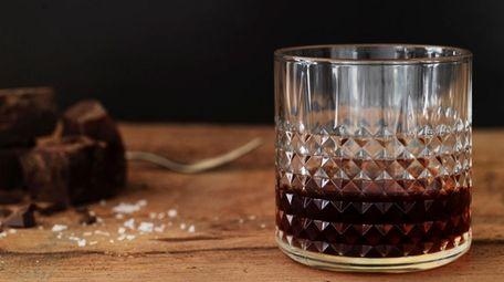 FRASERA whiskey glasses from Ikea.