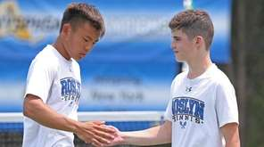 Roslyn's Adrian Tsui and Mikey Weitz lost to