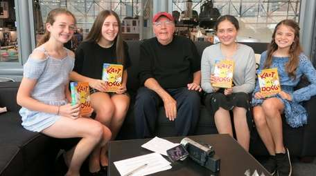 Author James Patterson with Kidsday reporters at BookCon