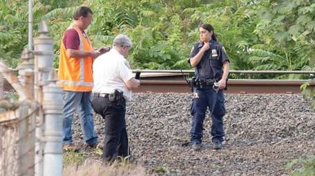 MTA police and Freeport police investigate on Saturday
