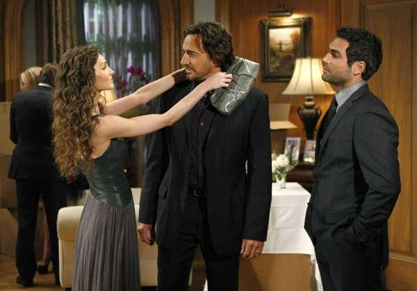 Alicia Minshew, Thorsten Kaye and Jordi Vilasuso in