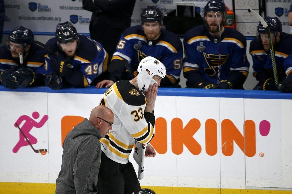 Boston Bruins defenseman Zdeno Chara, of Slovakia, leaves