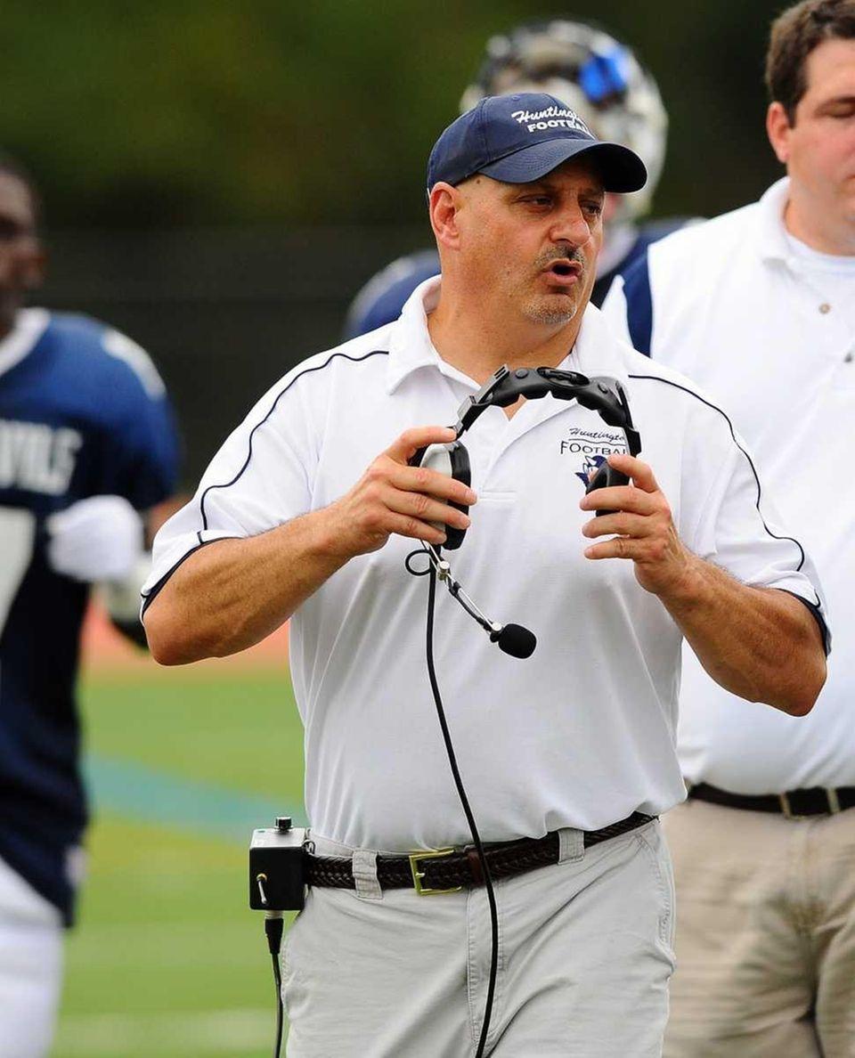 Huntington's head coach Ron Wilton. (Sept. 24, 2011)