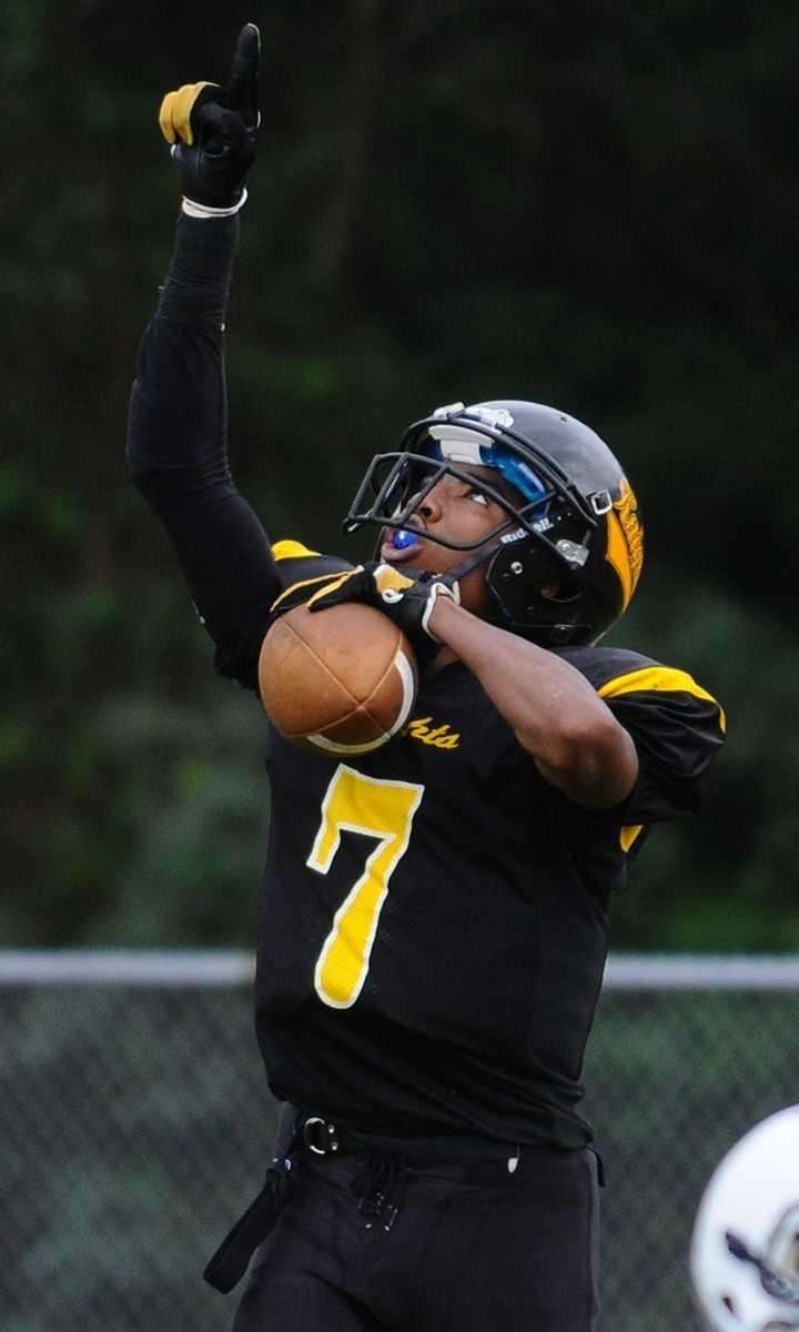 Uniondale High School wide receiver #7 Malcolm Carter