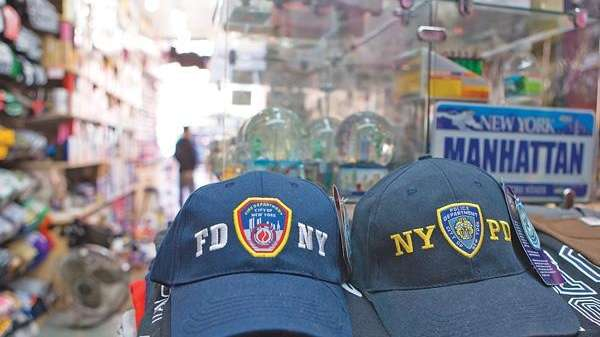 9d2d69fdc69 NYC cracking down on counterfeit merch to protect image