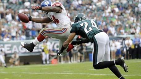 WEEK 3: GIANTS 29, EAGLES 16 (Sept. 25,