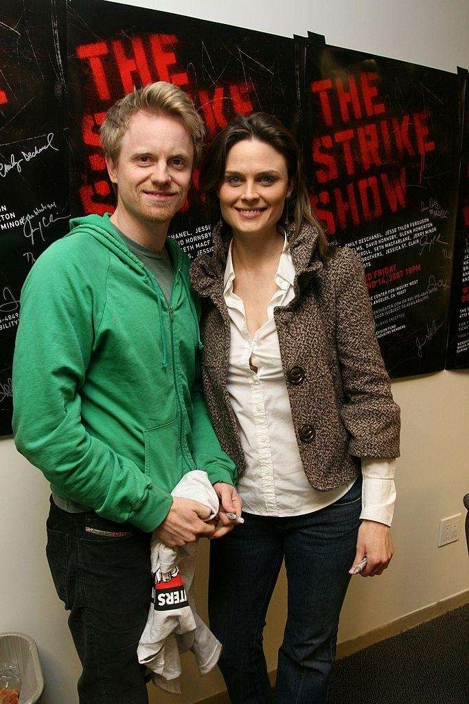 Parents: Emily Deschanel and David Hornsby Child: Henry,