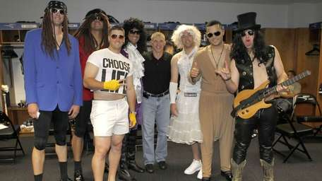 Yankees manager Joe Girardi poses with the '80s