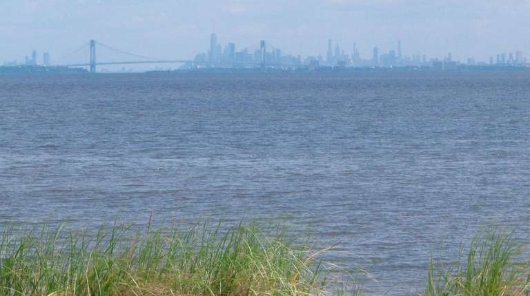A view of Raritan Bay from Middletown, N.J.,