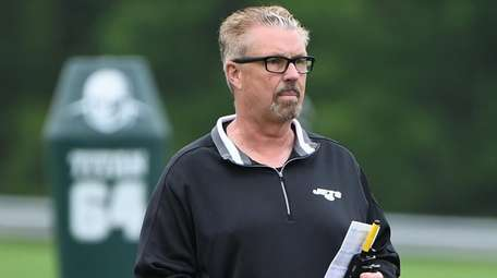 Jets defensive coordinator Gregg Williams during an OTA